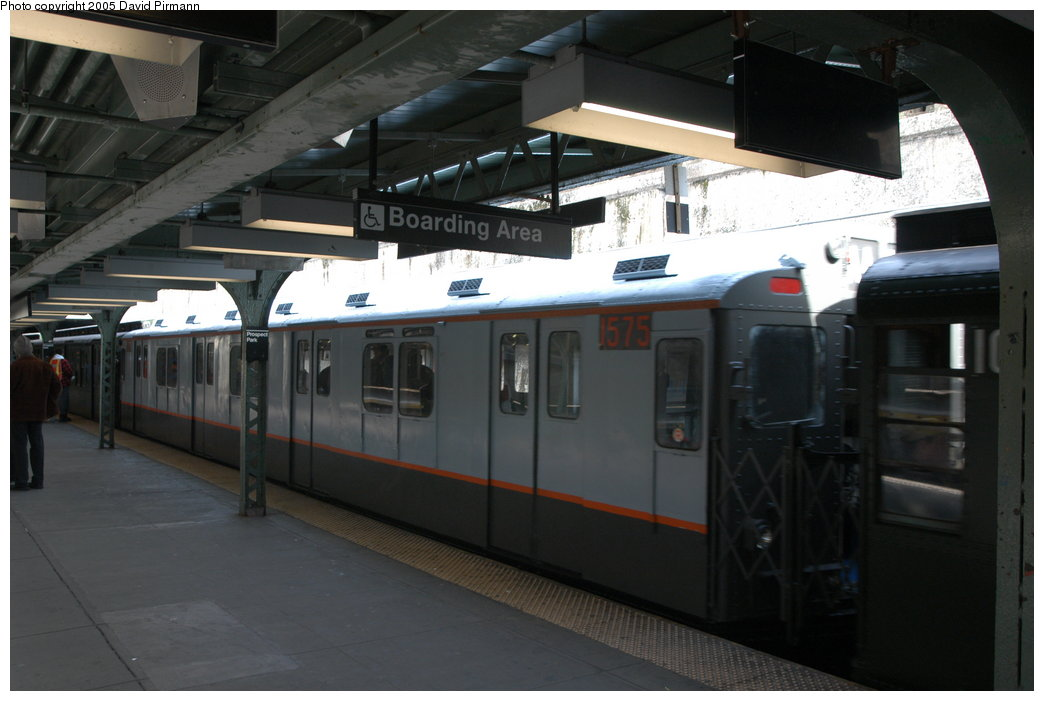 (157k, 1044x701)<br><b>Country:</b> United States<br><b>City:</b> New York<br><b>System:</b> New York City Transit<br><b>Line:</b> BMT Franklin<br><b>Location:</b> Prospect Park <br><b>Route:</b> Franklin Shuttle<br><b>Car:</b> R-7A (Pullman, 1938)  1575 <br><b>Photo by:</b> David Pirmann<br><b>Date:</b> 2/29/2004<br><b>Notes:</b> Train departing <u>in service</u> on the Franklin Shuttle (made three round trips in service)<br><b>Viewed (this week/total):</b> 6 / 3347