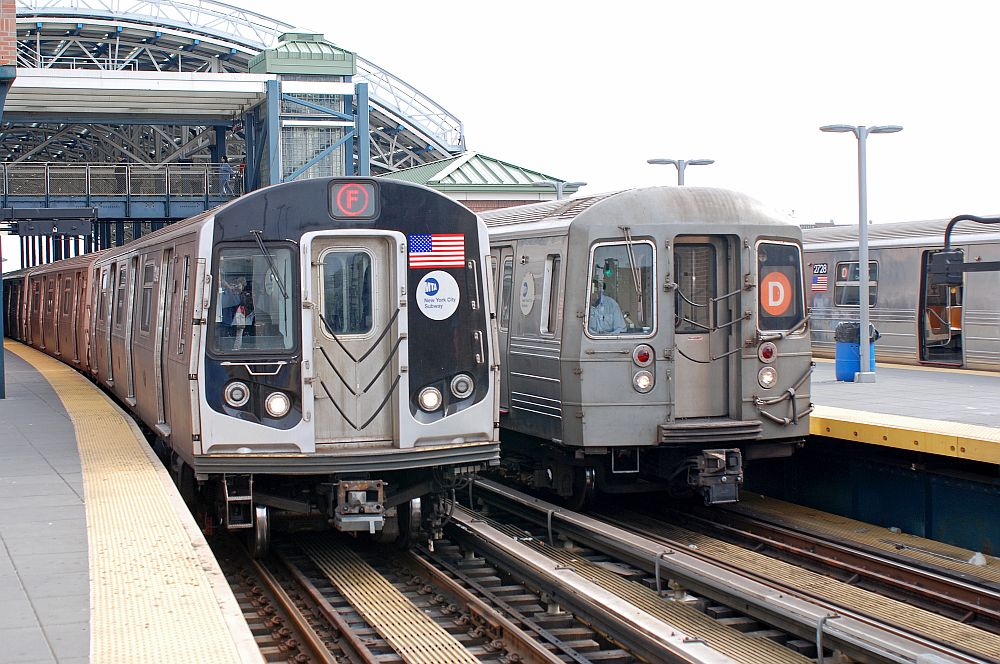 (162k, 1000x664)<br><b>Country:</b> United States<br><b>City:</b> New York<br><b>System:</b> New York City Transit<br><b>Location:</b> Coney Island/Stillwell Avenue<br><b>Route:</b> F<br><b>Car:</b> R-160A/R-160B Series (Number Unknown)  <br><b>Photo by:</b> Richard Chase<br><b>Date:</b> 5/16/2009<br><b>Viewed (this week/total):</b> 2 / 1135