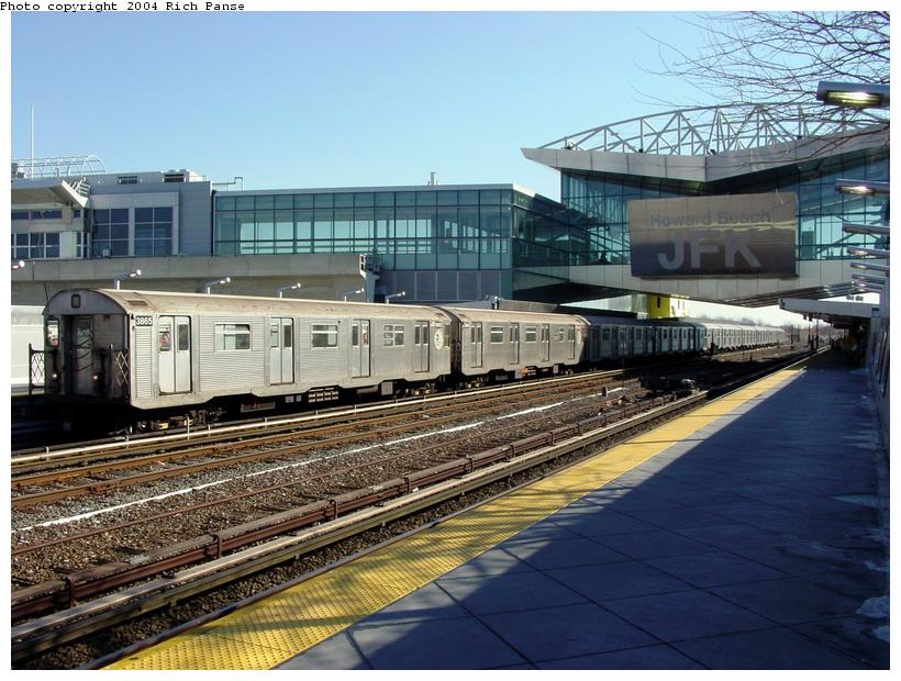 (106k, 820x620)<br><b>Country:</b> United States<br><b>City:</b> New York<br><b>System:</b> New York City Transit<br><b>Line:</b> IND Rockaway<br><b>Location:</b> Howard Beach <br><b>Route:</b> A<br><b>Car:</b> R-32 (Budd, 1964)  3865 <br><b>Photo by:</b> Richard Panse<br><b>Date:</b> 2/10/2004<br><b>Viewed (this week/total):</b> 2 / 3949