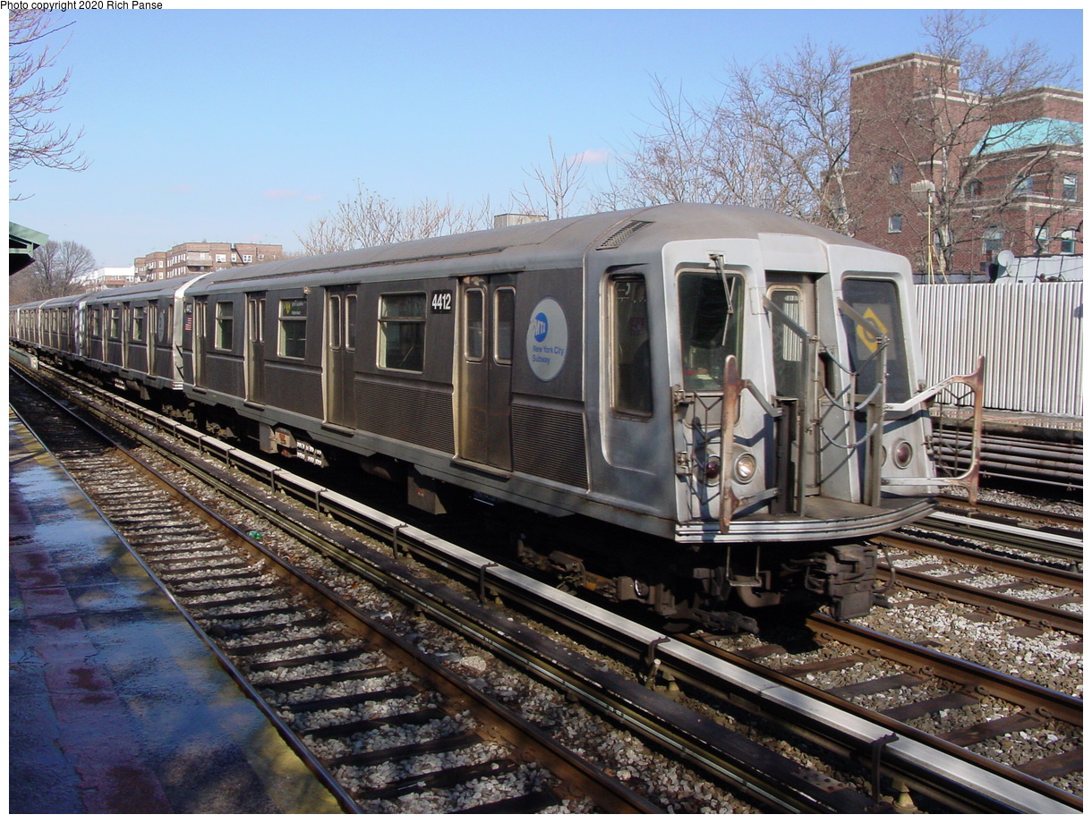 (108k, 820x620)<br><b>Country:</b> United States<br><b>City:</b> New York<br><b>System:</b> New York City Transit<br><b>Line:</b> BMT Brighton Line<br><b>Location:</b> Avenue J <br><b>Route:</b> Q<br><b>Car:</b> R-40 (St. Louis, 1968)  4412 <br><b>Photo by:</b> Richard Panse<br><b>Date:</b> 2/4/2004<br><b>Viewed (this week/total):</b> 3 / 3571