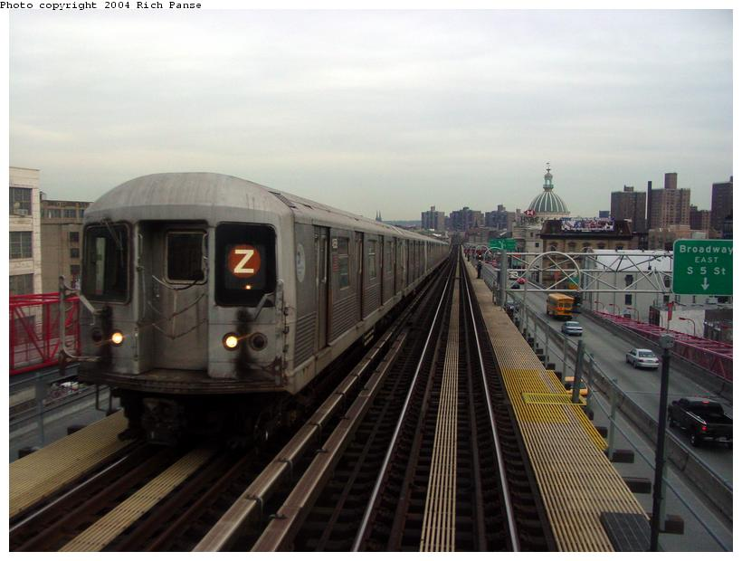 (74k, 820x620)<br><b>Country:</b> United States<br><b>City:</b> New York<br><b>System:</b> New York City Transit<br><b>Line:</b> BMT Nassau Street/Jamaica Line<br><b>Location:</b> Williamsburg Bridge<br><b>Route:</b> Z<br><b>Car:</b> R-42 (St. Louis, 1969-1970)   <br><b>Photo by:</b> Richard Panse<br><b>Date:</b> 2/9/2004<br><b>Viewed (this week/total):</b> 0 / 4504