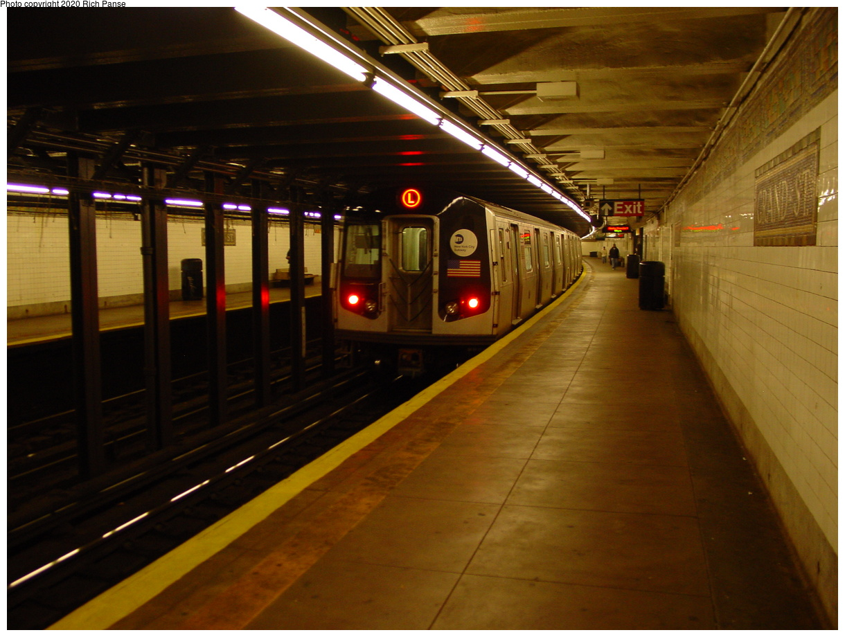 (75k, 820x620)<br><b>Country:</b> United States<br><b>City:</b> New York<br><b>System:</b> New York City Transit<br><b>Line:</b> BMT Canarsie Line<br><b>Location:</b> Grand Street <br><b>Route:</b> L<br><b>Car:</b> R-143 (Kawasaki, 2001-2002)  <br><b>Photo by:</b> Richard Panse<br><b>Date:</b> 11/3/2003<br><b>Viewed (this week/total):</b> 0 / 7488