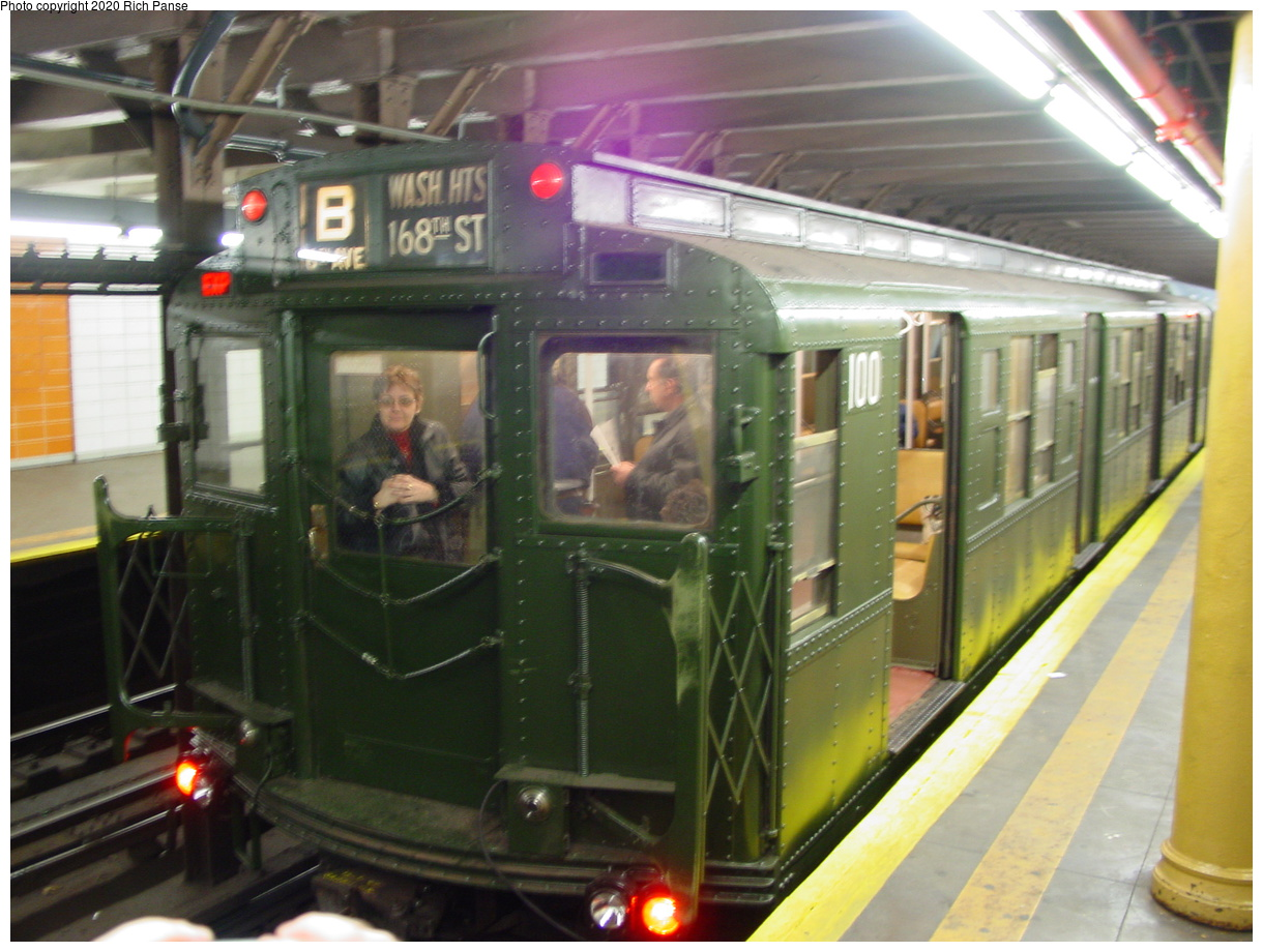(81k, 820x620)<br><b>Country:</b> United States<br><b>City:</b> New York<br><b>System:</b> New York City Transit<br><b>Line:</b> BMT 4th Avenue<br><b>Location:</b> 77th Street <br><b>Route:</b> Fan Trip<br><b>Car:</b> R-1 (American Car & Foundry, 1930-1931) 100 <br><b>Photo by:</b> Richard Panse<br><b>Date:</b> 2/28/2004<br><b>Viewed (this week/total):</b> 1 / 7634