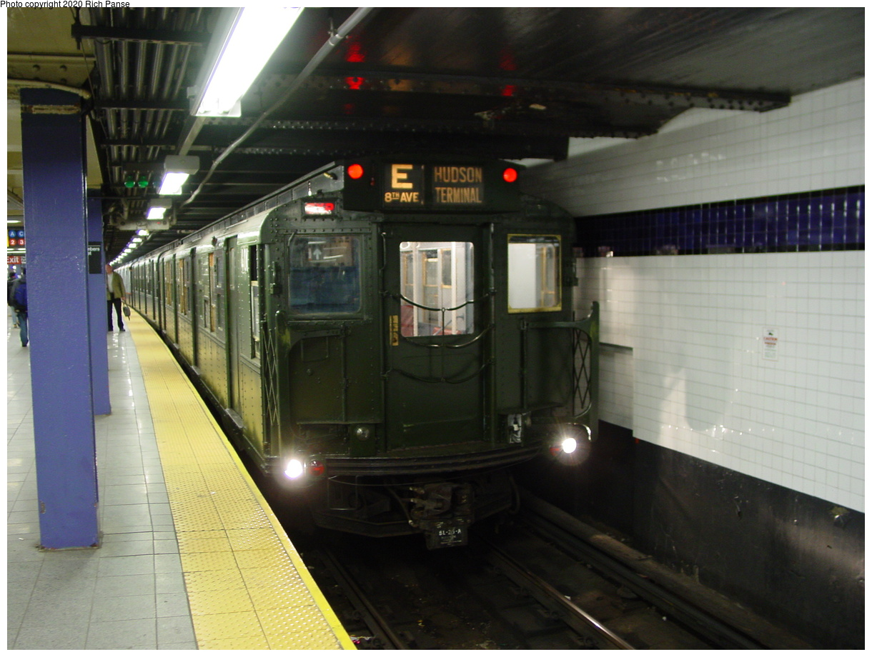 (76k, 820x620)<br><b>Country:</b> United States<br><b>City:</b> New York<br><b>System:</b> New York City Transit<br><b>Line:</b> IND 8th Avenue Line<br><b>Location:</b> Chambers Street/World Trade Center <br><b>Route:</b> Fan Trip<br><b>Car:</b> R-1 (American Car & Foundry, 1930-1931) 100 <br><b>Photo by:</b> Richard Panse<br><b>Date:</b> 2/28/2004<br><b>Viewed (this week/total):</b> 1 / 3657