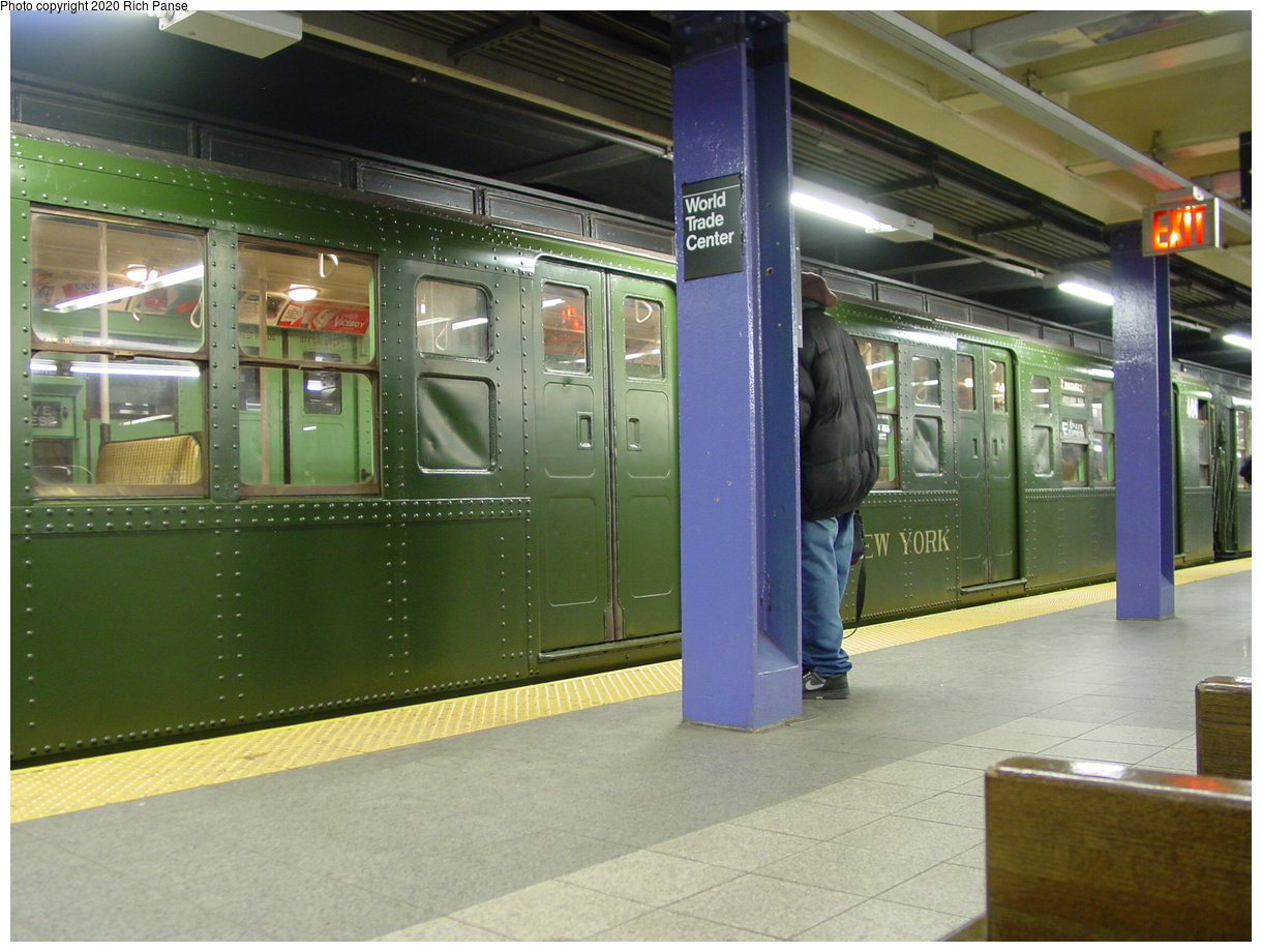 (80k, 820x620)<br><b>Country:</b> United States<br><b>City:</b> New York<br><b>System:</b> New York City Transit<br><b>Line:</b> IND 8th Avenue Line<br><b>Location:</b> Chambers Street/World Trade Center <br><b>Route:</b> Fan Trip<br><b>Car:</b> R-4 (American Car & Foundry, 1932-1933) 484 <br><b>Photo by:</b> Richard Panse<br><b>Date:</b> 2/28/2004<br><b>Viewed (this week/total):</b> 2 / 3211