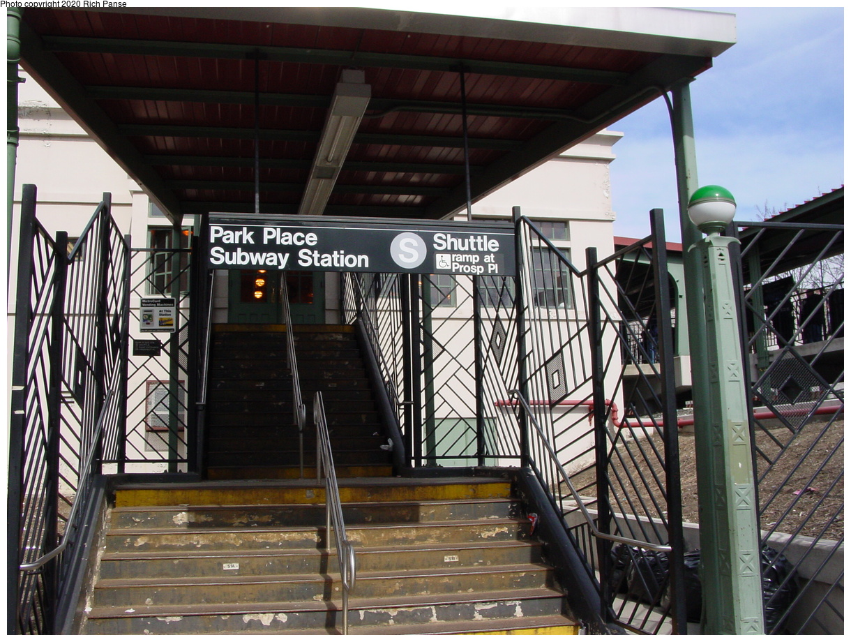 (102k, 820x620)<br><b>Country:</b> United States<br><b>City:</b> New York<br><b>System:</b> New York City Transit<br><b>Line:</b> BMT Franklin<br><b>Location:</b> Park Place <br><b>Photo by:</b> Richard Panse<br><b>Date:</b> 2/29/2004<br><b>Artwork:</b> <i>Units of the Free</i>, Isha Shabaka (1999).<br><b>Notes:</b> Street entrance<br><b>Viewed (this week/total):</b> 1 / 4544