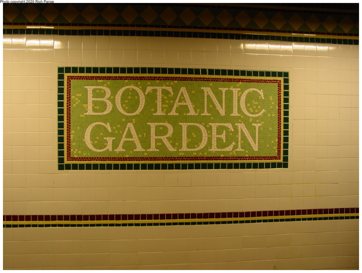 (67k, 820x620)<br><b>Country:</b> United States<br><b>City:</b> New York<br><b>System:</b> New York City Transit<br><b>Line:</b> BMT Franklin<br><b>Location:</b> Botanic Garden <br><b>Photo by:</b> Richard Panse<br><b>Date:</b> 2/29/2004<br><b>Viewed (this week/total):</b> 8 / 3459