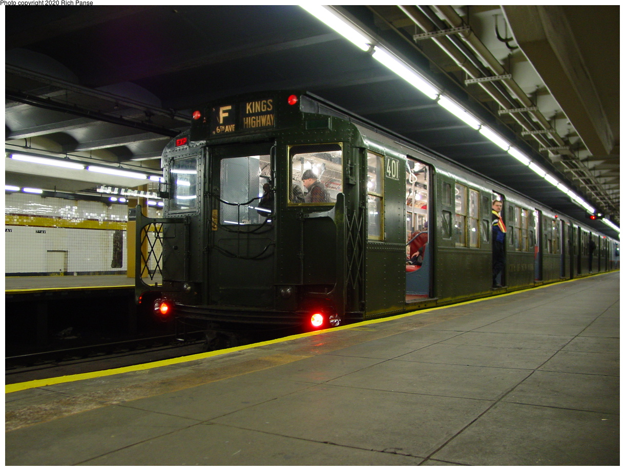 (81k, 820x620)<br><b>Country:</b> United States<br><b>City:</b> New York<br><b>System:</b> New York City Transit<br><b>Line:</b> IND Crosstown Line<br><b>Location:</b> 7th Avenue/Park Slope <br><b>Route:</b> Fan Trip<br><b>Car:</b> R-4 (American Car & Foundry, 1932-1933) 401 <br><b>Photo by:</b> Richard Panse<br><b>Date:</b> 2/29/2004<br><b>Viewed (this week/total):</b> 7 / 4847