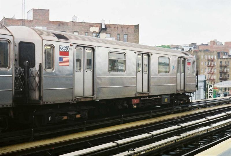 (65k, 800x540)<br><b>Country:</b> United States<br><b>City:</b> New York<br><b>System:</b> New York City Transit<br><b>Line:</b> IRT West Side Line<br><b>Location:</b> 207th Street <br><b>Route:</b> 1<br><b>Car:</b> R-62A (Bombardier, 1984-1987)  2350 <br><b>Photo by:</b> Gary Chatterton<br><b>Date:</b> 5/1/2005<br><b>Viewed (this week/total):</b> 2 / 2557