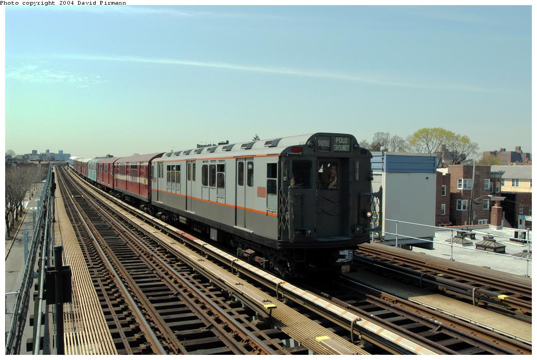 (172k, 1044x701)<br><b>Country:</b> United States<br><b>City:</b> New York<br><b>System:</b> New York City Transit<br><b>Line:</b> IRT Pelham Line<br><b>Location:</b> Zerega Avenue <br><b>Route:</b> Fan Trip<br><b>Car:</b> R-12 (American Car & Foundry, 1948) 5760 <br><b>Photo by:</b> David Pirmann<br><b>Date:</b> 4/17/2004<br><b>Viewed (this week/total):</b> 2 / 1910