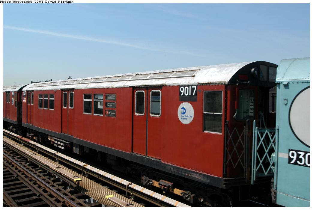 (135k, 1044x701)<br><b>Country:</b> United States<br><b>City:</b> New York<br><b>System:</b> New York City Transit<br><b>Line:</b> IRT Pelham Line<br><b>Location:</b> Zerega Avenue <br><b>Route:</b> Fan Trip<br><b>Car:</b> R-33 Main Line (St. Louis, 1962-63) 9017 <br><b>Photo by:</b> David Pirmann<br><b>Date:</b> 4/17/2004<br><b>Viewed (this week/total):</b> 2 / 2557