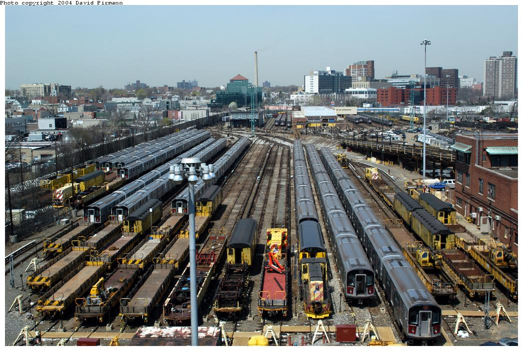 (208k, 1044x701)<br><b>Country:</b> United States<br><b>City:</b> New York<br><b>System:</b> New York City Transit<br><b>Location:</b> Westchester Yard<br><b>Photo by:</b> David Pirmann<br><b>Date:</b> 4/17/2004<br><b>Viewed (this week/total):</b> 1 / 4094