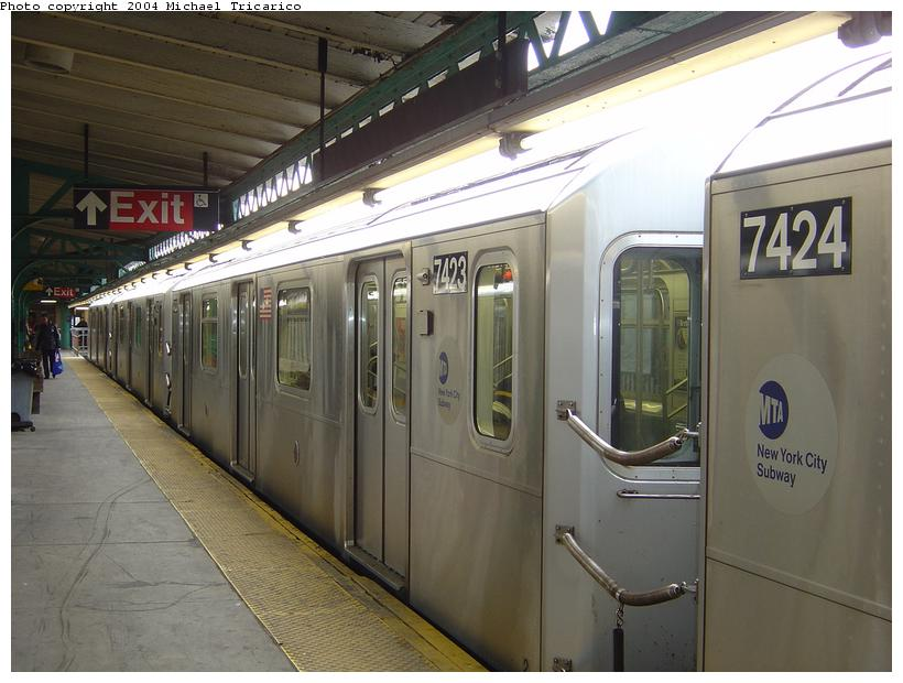 (78k, 820x620)<br><b>Country:</b> United States<br><b>City:</b> New York<br><b>System:</b> New York City Transit<br><b>Line:</b> IRT Pelham Line<br><b>Location:</b> Pelham Bay Park <br><b>Route:</b> 6<br><b>Car:</b> R-142A (Primary Order, Kawasaki, 1999-2002)  7423 <br><b>Photo by:</b> Michael Tricarico<br><b>Date:</b> 4/12/2004<br><b>Viewed (this week/total):</b> 3 / 4884