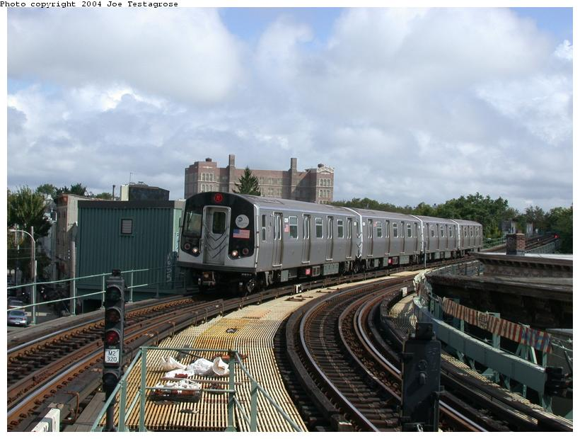 (116k, 820x620)<br><b>Country:</b> United States<br><b>City:</b> New York<br><b>System:</b> New York City Transit<br><b>Line:</b> BMT Myrtle Avenue Line<br><b>Location:</b> Seneca Avenue <br><b>Route:</b> M<br><b>Car:</b> R-143 (Kawasaki, 2001-2002) 8289 <br><b>Photo by:</b> Joe Testagrose<br><b>Date:</b> 9/27/2003<br><b>Viewed (this week/total):</b> 0 / 4243