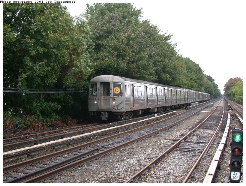 (155k, 820x620)<br><b>Country:</b> United States<br><b>City:</b> New York<br><b>System:</b> New York City Transit<br><b>Line:</b> BMT Brighton Line<br><b>Location:</b> Kings Highway <br><b>Route:</b> Q<br><b>Car:</b> R-68 (Westinghouse-Amrail, 1986-1988)  2742 <br><b>Photo by:</b> Joe Testagrose<br><b>Date:</b> 9/28/2003<br><b>Viewed (this week/total):</b> 0 / 3757
