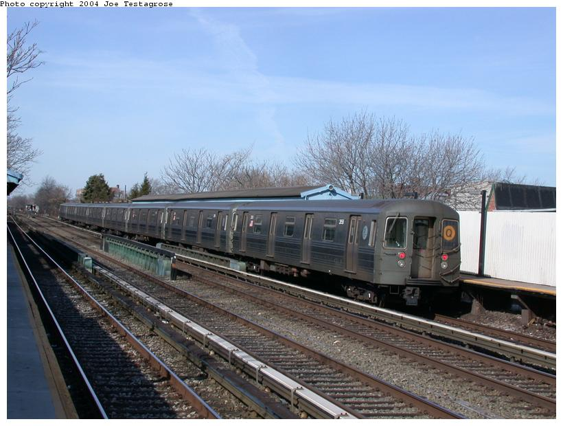 (115k, 820x620)<br><b>Country:</b> United States<br><b>City:</b> New York<br><b>System:</b> New York City Transit<br><b>Line:</b> BMT Brighton Line<br><b>Location:</b> Neck Road <br><b>Route:</b> Q<br><b>Car:</b> R-68 (Westinghouse-Amrail, 1986-1988)  2858 <br><b>Photo by:</b> Joe Testagrose<br><b>Date:</b> 2/28/2004<br><b>Viewed (this week/total):</b> 0 / 2815