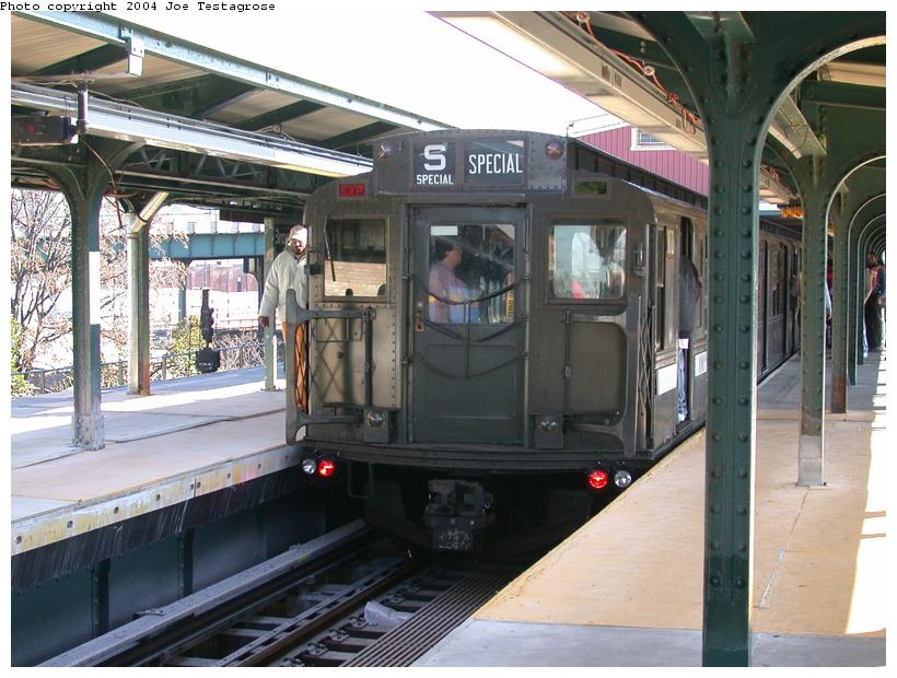(124k, 820x620)<br><b>Country:</b> United States<br><b>City:</b> New York<br><b>System:</b> New York City Transit<br><b>Line:</b> BMT Nassau Street/Jamaica Line<br><b>Location:</b> Broadway/East New York (Broadway Junction) <br><b>Route:</b> Fan Trip<br><b>Car:</b> R-1 (American Car & Foundry, 1930-1931) 100 <br><b>Photo by:</b> Joe Testagrose<br><b>Date:</b> 11/9/2003<br><b>Viewed (this week/total):</b> 3 / 3136