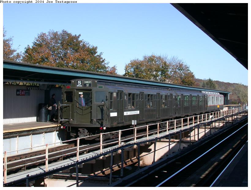 (125k, 820x620)<br><b>Country:</b> United States<br><b>City:</b> New York<br><b>System:</b> New York City Transit<br><b>Line:</b> BMT Nassau Street/Jamaica Line<br><b>Location:</b> Cypress Hills <br><b>Route:</b> Fan Trip<br><b>Car:</b> R-1 (American Car & Foundry, 1930-1931) 100 <br><b>Photo by:</b> Joe Testagrose<br><b>Date:</b> 11/9/2003<br><b>Viewed (this week/total):</b> 0 / 2829