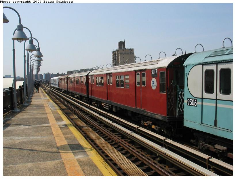 (87k, 820x620)<br><b>Country:</b> United States<br><b>City:</b> New York<br><b>System:</b> New York City Transit<br><b>Line:</b> IRT West Side Line<br><b>Location:</b> 238th Street <br><b>Route:</b> Fan Trip<br><b>Car:</b> R-33 Main Line (St. Louis, 1962-63) 9017 <br><b>Photo by:</b> Brian Weinberg<br><b>Date:</b> 4/18/2004<br><b>Viewed (this week/total):</b> 4 / 1597