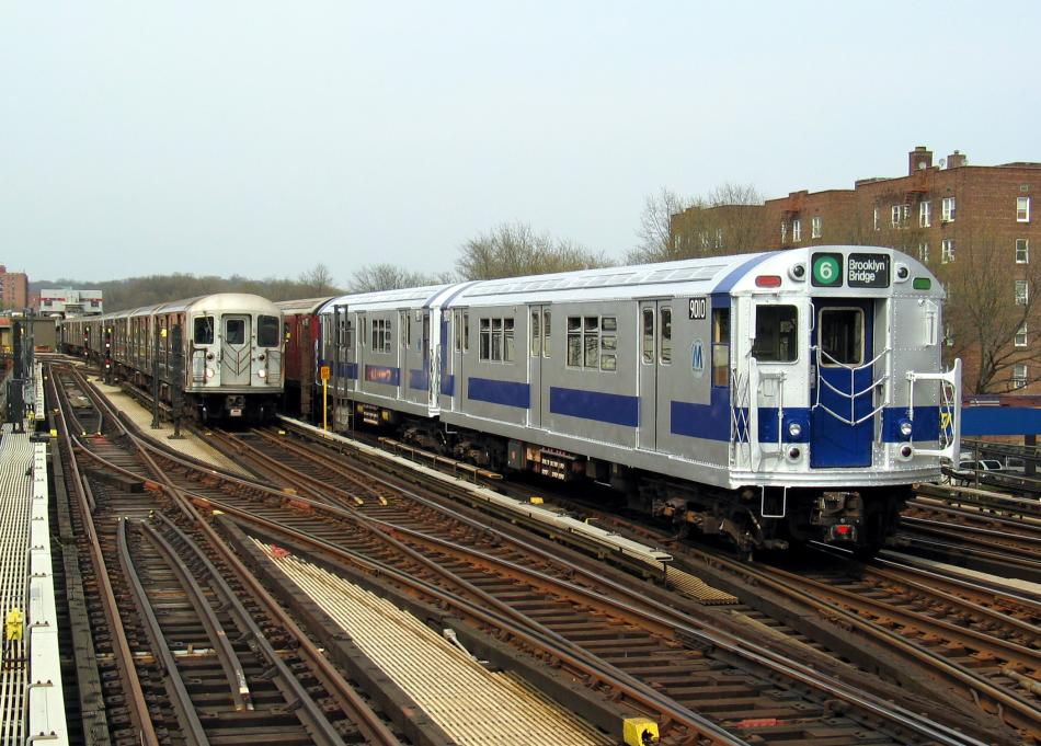 (108k, 950x681)<br><b>Country:</b> United States<br><b>City:</b> New York<br><b>System:</b> New York City Transit<br><b>Line:</b> IRT West Side Line<br><b>Location:</b> 238th Street <br><b>Route:</b> Fan Trip<br><b>Car:</b> R-33 Main Line (St. Louis, 1962-63) 9010 <br><b>Photo by:</b> David of Broadway<br><b>Date:</b> 4/18/2004<br><b>Viewed (this week/total):</b> 5 / 2876