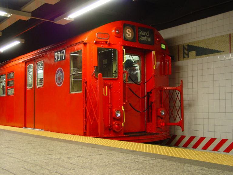 (65k, 768x576)<br><b>Country:</b> United States<br><b>City:</b> New York<br><b>System:</b> New York City Transit<br><b>Line:</b> IRT Times Square-Grand Central Shuttle<br><b>Location:</b> Grand Central <br><b>Route:</b> Fan Trip<br><b>Car:</b> R-33 Main Line (St. Louis, 1962-63) 9017 <br><b>Photo by:</b> Richard Panse<br><b>Date:</b> 4/25/2004<br><b>Viewed (this week/total):</b> 2 / 3612