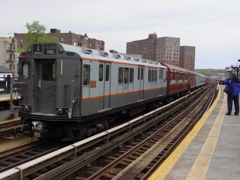 (74k, 768x576)<br><b>Country:</b> United States<br><b>City:</b> New York<br><b>System:</b> New York City Transit<br><b>Line:</b> IRT West Side Line<br><b>Location:</b> 225th Street <br><b>Route:</b> Fan Trip<br><b>Car:</b> R-12 (American Car & Foundry, 1948) 5760 <br><b>Photo by:</b> Richard Panse<br><b>Date:</b> 4/25/2004<br><b>Viewed (this week/total):</b> 3 / 2831