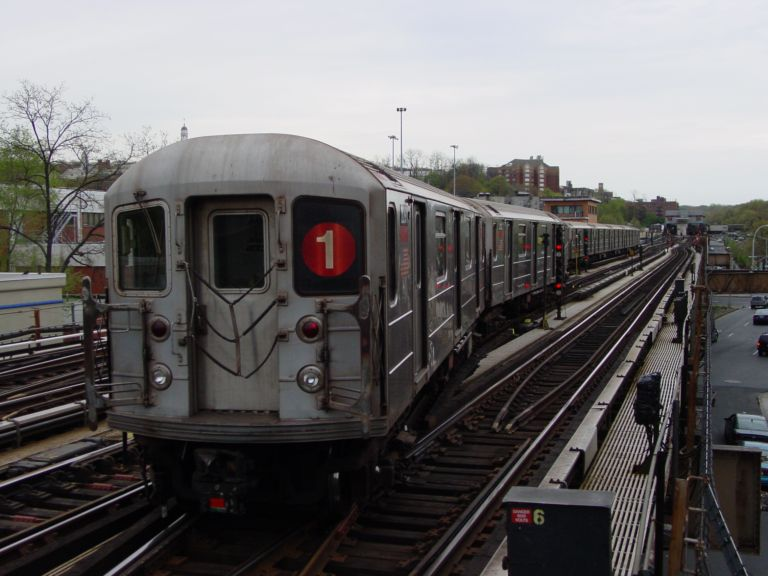 (66k, 768x576)<br><b>Country:</b> United States<br><b>City:</b> New York<br><b>System:</b> New York City Transit<br><b>Line:</b> IRT West Side Line<br><b>Location:</b> 238th Street <br><b>Car:</b> R-62A (Bombardier, 1984-1987)   <br><b>Photo by:</b> Richard Panse<br><b>Date:</b> 4/25/2004<br><b>Viewed (this week/total):</b> 0 / 2953