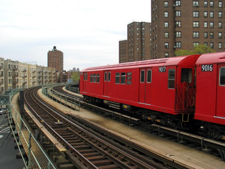 (102k, 950x713)<br><b>Country:</b> United States<br><b>City:</b> New York<br><b>System:</b> New York City Transit<br><b>Line:</b> IRT West Side Line<br><b>Location:</b> Dyckman Street <br><b>Route:</b> Fan Trip<br><b>Car:</b> R-33 Main Line (St. Louis, 1962-63) 9017 <br><b>Photo by:</b> David of Broadway<br><b>Date:</b> 4/25/2004<br><b>Viewed (this week/total):</b> 2 / 2685