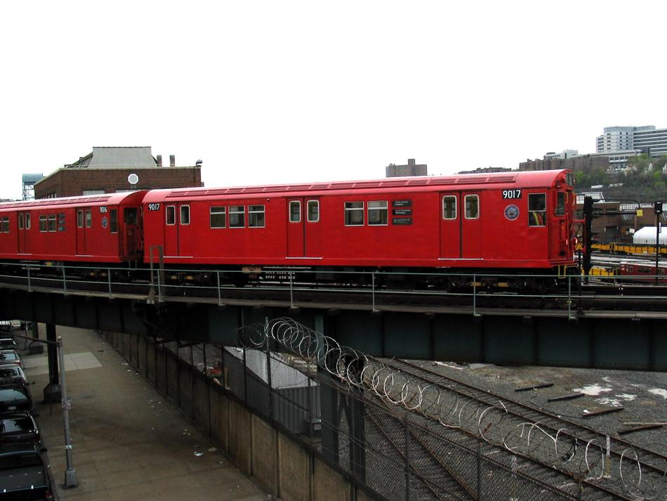 (80k, 950x713)<br><b>Country:</b> United States<br><b>City:</b> New York<br><b>System:</b> New York City Transit<br><b>Location:</b> 207th Street Yard<br><b>Route:</b> Fan Trip<br><b>Car:</b> R-33 Main Line (St. Louis, 1962-63) 9017 <br><b>Photo by:</b> David of Broadway<br><b>Date:</b> 4/25/2004<br><b>Viewed (this week/total):</b> 0 / 2421