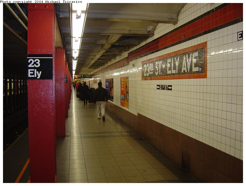 (78k, 820x620)<br><b>Country:</b> United States<br><b>City:</b> New York<br><b>System:</b> New York City Transit<br><b>Line:</b> IND Queens Boulevard Line<br><b>Location:</b> Court Square/23rd St (Ely Avenue) <br><b>Photo by:</b> Michael Tricarico<br><b>Date:</b> 4/9/2004<br><b>Viewed (this week/total):</b> 0 / 2913