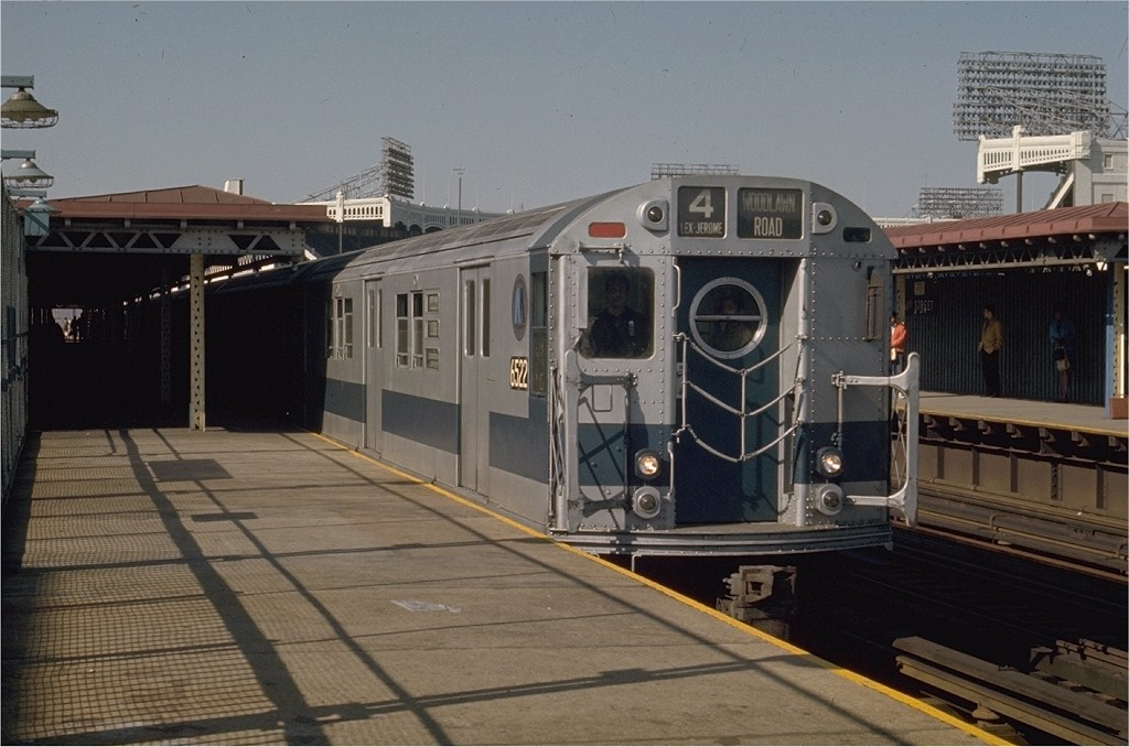 (174k, 1024x678)<br><b>Country:</b> United States<br><b>City:</b> New York<br><b>System:</b> New York City Transit<br><b>Line:</b> IRT Woodlawn Line<br><b>Location:</b> 161st Street/River Avenue (Yankee Stadium) <br><b>Route:</b> 4<br><b>Car:</b> R-17 (St. Louis, 1955-56) 6522 <br><b>Photo by:</b> Joe Testagrose<br><b>Date:</b> 5/27/1970<br><b>Viewed (this week/total):</b> 1 / 3575