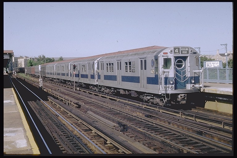 (135k, 768x512)<br><b>Country:</b> United States<br><b>City:</b> New York<br><b>System:</b> New York City Transit<br><b>Line:</b> IRT Woodlawn Line<br><b>Location:</b> Bedford Park Boulevard <br><b>Route:</b> 4<br><b>Car:</b> R-17 (St. Louis, 1955-56) 6523 <br><b>Photo by:</b> Joe Testagrose<br><b>Date:</b> 6/13/1970<br><b>Viewed (this week/total):</b> 0 / 2581