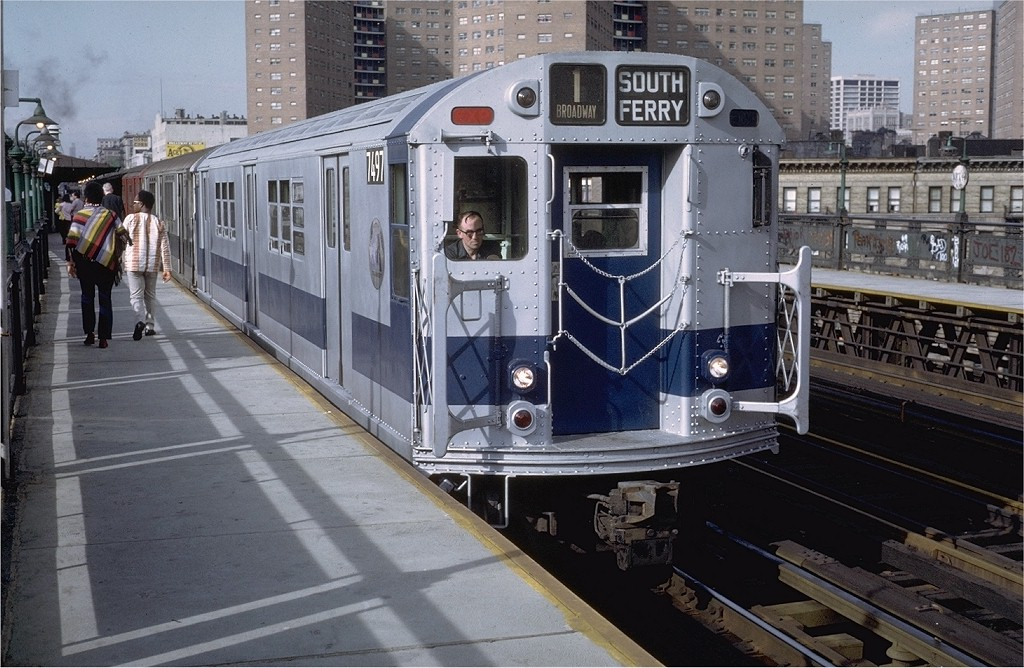 (214k, 1024x668)<br><b>Country:</b> United States<br><b>City:</b> New York<br><b>System:</b> New York City Transit<br><b>Line:</b> IRT West Side Line<br><b>Location:</b> 125th Street <br><b>Route:</b> 1<br><b>Car:</b> R-22 (St. Louis, 1957-58) 7497 <br><b>Photo by:</b> Doug Grotjahn<br><b>Collection of:</b> Joe Testagrose<br><b>Date:</b> 5/21/1972<br><b>Viewed (this week/total):</b> 2 / 2882