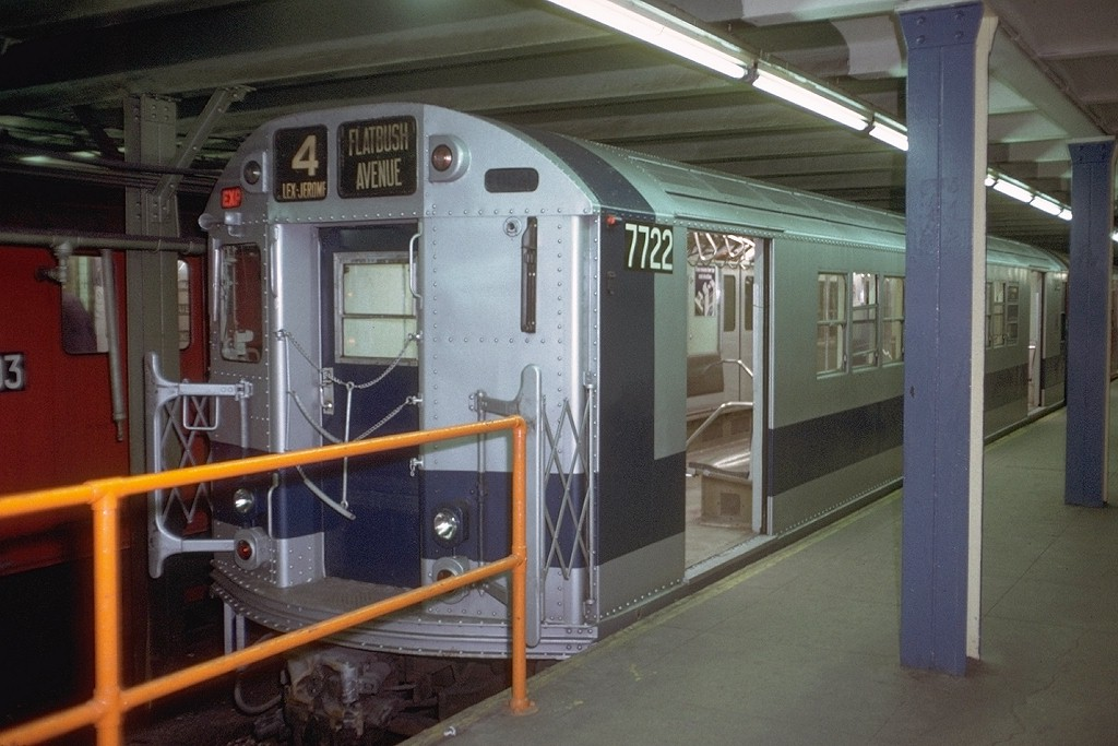 (176k, 1024x683)<br><b>Country:</b> United States<br><b>City:</b> New York<br><b>System:</b> New York City Transit<br><b>Line:</b> IRT Brooklyn Line<br><b>Location:</b> Flatbush Avenue <br><b>Route:</b> 4<br><b>Car:</b> R-22 (St. Louis, 1957-58) 7722 <br><b>Photo by:</b> Doug Grotjahn<br><b>Collection of:</b> Joe Testagrose<br><b>Date:</b> 1/8/1972<br><b>Viewed (this week/total):</b> 4 / 4101