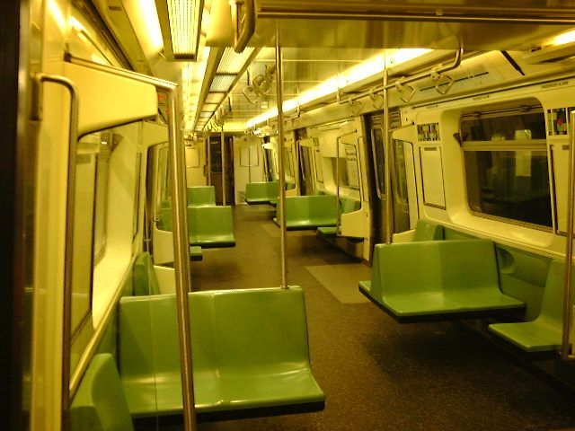 (67k, 640x480)<br><b>Country:</b> United States<br><b>City:</b> New York<br><b>System:</b> New York City Transit<br><b>Car:</b> R-110B (Bombardier, 1992) Interior <br><b>Photo by:</b> Trevor Logan<br><b>Date:</b> 9/2000<br><b>Viewed (this week/total):</b> 11 / 19113