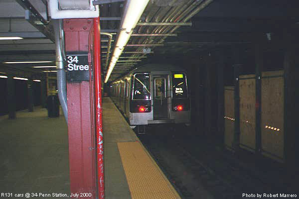 (45k, 600x400)<br><b>Country:</b> United States<br><b>City:</b> New York<br><b>System:</b> New York City Transit<br><b>Line:</b> IND 8th Avenue Line<br><b>Location:</b> 34th Street/Penn Station <br><b>Car:</b> R-110B (Bombardier, 1992)  <br><b>Photo by:</b> Robert Marrero<br><b>Date:</b> 7/2000<br><b>Viewed (this week/total):</b> 1 / 9683