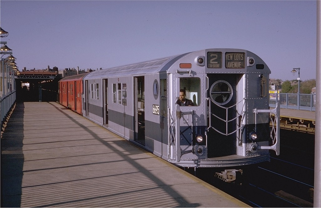 (171k, 1024x665)<br><b>Country:</b> United States<br><b>City:</b> New York<br><b>System:</b> New York City Transit<br><b>Line:</b> IRT White Plains Road Line<br><b>Location:</b> Bronx Park East <br><b>Route:</b> 2<br><b>Car:</b> R-17 (St. Louis, 1955-56) 6695 <br><b>Photo by:</b> Steve Zabel<br><b>Collection of:</b> Joe Testagrose<br><b>Date:</b> 5/14/1970<br><b>Viewed (this week/total):</b> 0 / 3557
