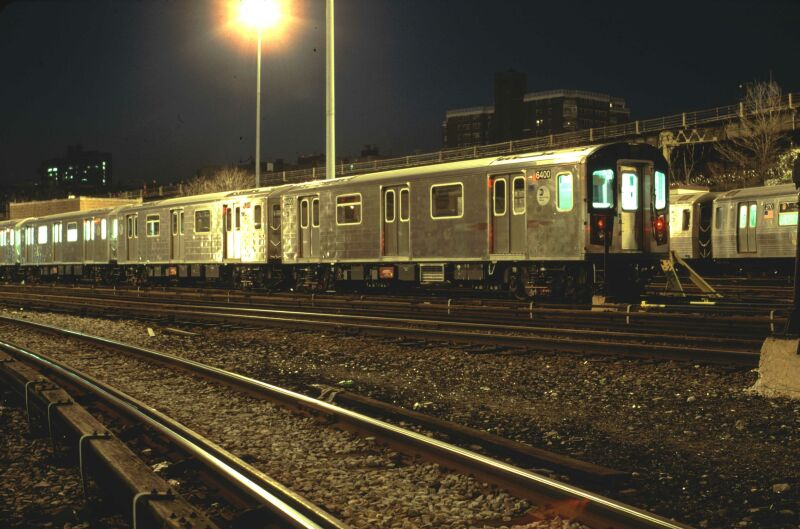 (81k, 800x529)<br><b>Country:</b> United States<br><b>City:</b> New York<br><b>System:</b> New York City Transit<br><b>Location:</b> Concourse Yard<br><b>Car:</b> R-142 (Primary Order, Bombardier, 1999-2002)  6400 <br><b>Photo by:</b> Glenn L. Rowe<br><b>Date:</b> 4/16/2002<br><b>Viewed (this week/total):</b> 0 / 4995
