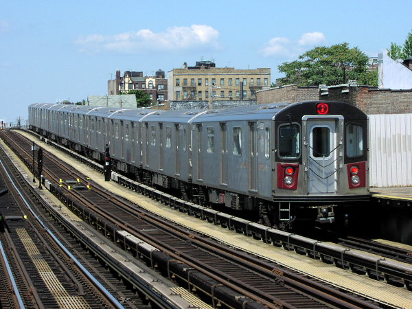 (93k, 600x450)<br><b>Country:</b> United States<br><b>City:</b> New York<br><b>System:</b> New York City Transit<br><b>Line:</b> IRT White Plains Road Line<br><b>Location:</b> 225th Street <br><b>Route:</b> 2<br><b>Car:</b> R-142 (Primary Order, Bombardier, 1999-2002)  6510 <br><b>Photo by:</b> Trevor Logan<br><b>Date:</b> 7/2001<br><b>Viewed (this week/total):</b> 2 / 6591