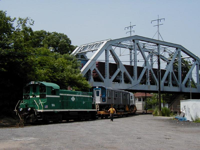 (76k, 800x600)<br><b>Country:</b> United States<br><b>City:</b> New York<br><b>System:</b> New York City Transit<br><b>Location:</b> LIRR/NY & Atlantic RR Fresh Pond Yard <br><b>Car:</b> R-142 (Primary Order, Bombardier, 1999-2002)  6515 <br><b>Photo by:</b> Doug Diamond<br><b>Date:</b> 7/2001<br><b>Viewed (this week/total):</b> 14 / 6733