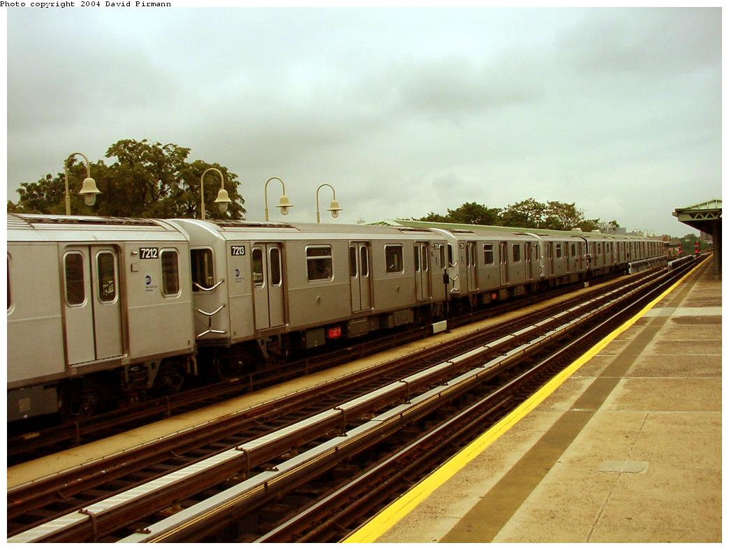 (124k, 1044x788)<br><b>Country:</b> United States<br><b>City:</b> New York<br><b>System:</b> New York City Transit<br><b>Line:</b> IRT Pelham Line<br><b>Location:</b> Westchester Square <br><b>Route:</b> 6<br><b>Car:</b> R-142A (Primary Order, Kawasaki, 1999-2002)  7213 <br><b>Photo by:</b> David Pirmann<br><b>Date:</b> 7/29/2000<br><b>Viewed (this week/total):</b> 0 / 3425