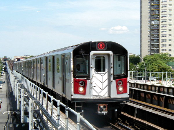 (86k, 600x450)<br><b>Country:</b> United States<br><b>City:</b> New York<br><b>System:</b> New York City Transit<br><b>Line:</b> IRT Pelham Line<br><b>Location:</b> Morrison/Soundview Aves. <br><b>Route:</b> 6<br><b>Car:</b> R-142A (Primary Order, Kawasaki, 1999-2002)  7271 <br><b>Photo by:</b> Trevor Logan<br><b>Date:</b> 6/27/2001<br><b>Viewed (this week/total):</b> 3 / 8054