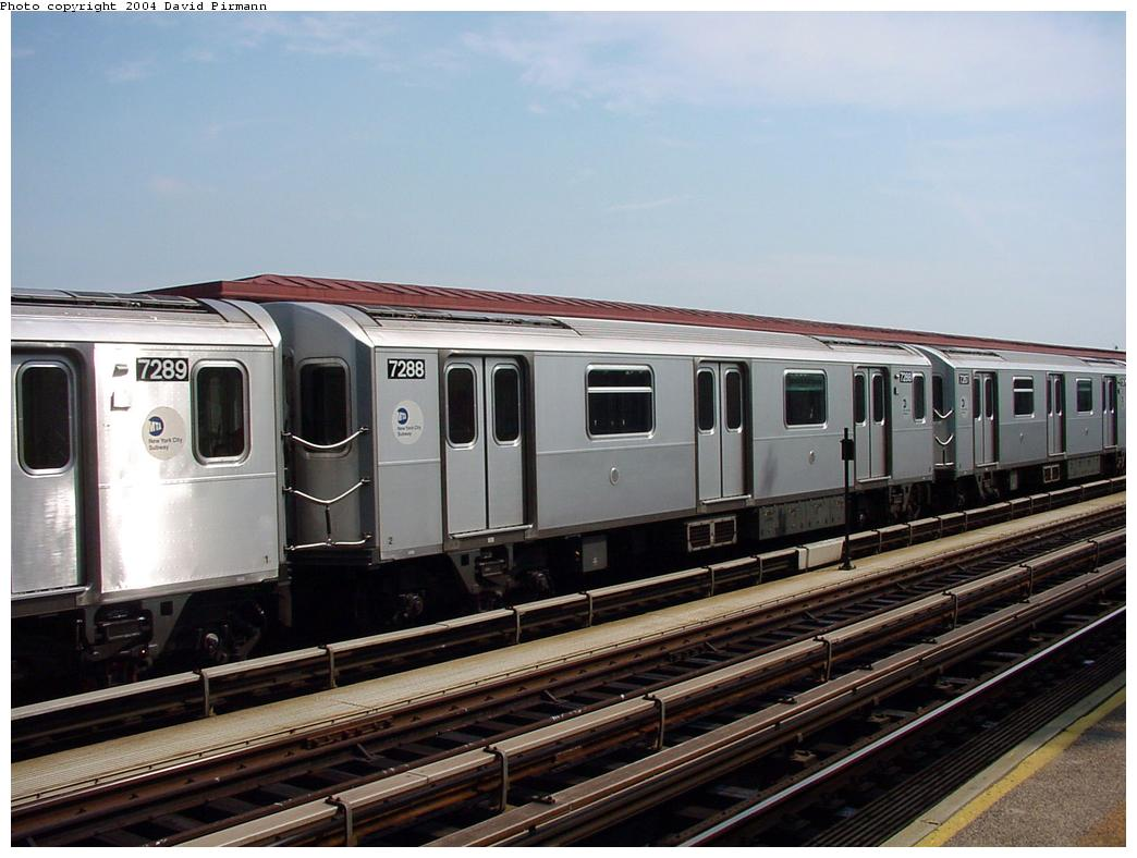 (116k, 1044x788)<br><b>Country:</b> United States<br><b>City:</b> New York<br><b>System:</b> New York City Transit<br><b>Line:</b> IRT Pelham Line<br><b>Location:</b> Middletown Road <br><b>Route:</b> 6<br><b>Car:</b> R-142A (Primary Order, Kawasaki, 1999-2002)  7288 <br><b>Photo by:</b> David Pirmann<br><b>Date:</b> 7/4/2001<br><b>Viewed (this week/total):</b> 2 / 4070