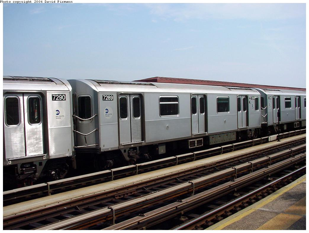 (122k, 1044x788)<br><b>Country:</b> United States<br><b>City:</b> New York<br><b>System:</b> New York City Transit<br><b>Line:</b> IRT Pelham Line<br><b>Location:</b> Middletown Road <br><b>Route:</b> 6<br><b>Car:</b> R-142A (Primary Order, Kawasaki, 1999-2002)  7289 <br><b>Photo by:</b> David Pirmann<br><b>Date:</b> 7/4/2001<br><b>Viewed (this week/total):</b> 2 / 3978