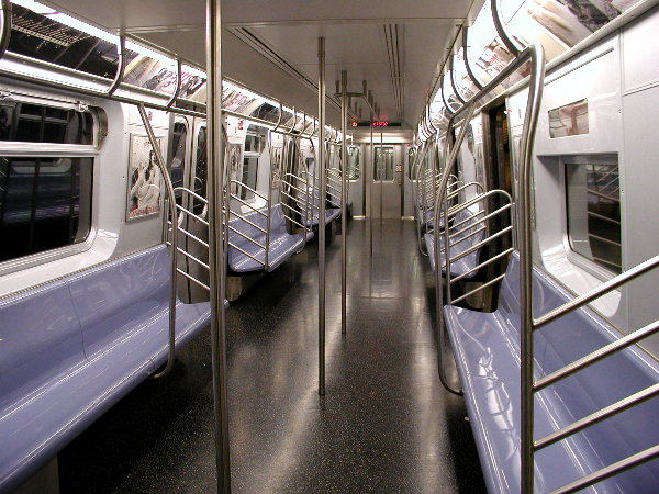 (96k, 600x450)<br><b>Country:</b> United States<br><b>City:</b> New York<br><b>System:</b> New York City Transit<br><b>Car:</b> R-143 (Kawasaki, 2001-2002) Interior <br><b>Photo by:</b> Trevor Logan<br><b>Date:</b> 12/4/2001<br><b>Viewed (this week/total):</b> 0 / 32659