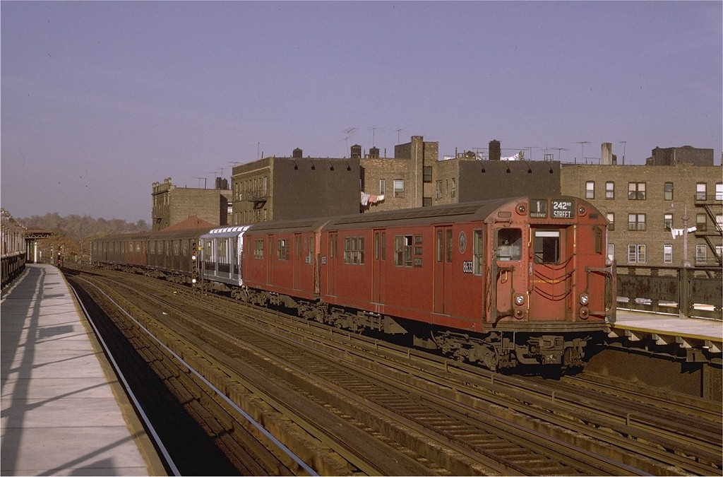 (189k, 1024x675)<br><b>Country:</b> United States<br><b>City:</b> New York<br><b>System:</b> New York City Transit<br><b>Line:</b> IRT West Side Line<br><b>Location:</b> 238th Street <br><b>Route:</b> 1<br><b>Car:</b> R-29 (St. Louis, 1962) 8633 <br><b>Photo by:</b> Joe Testagrose<br><b>Date:</b> 11/7/1970<br><b>Viewed (this week/total):</b> 1 / 2058