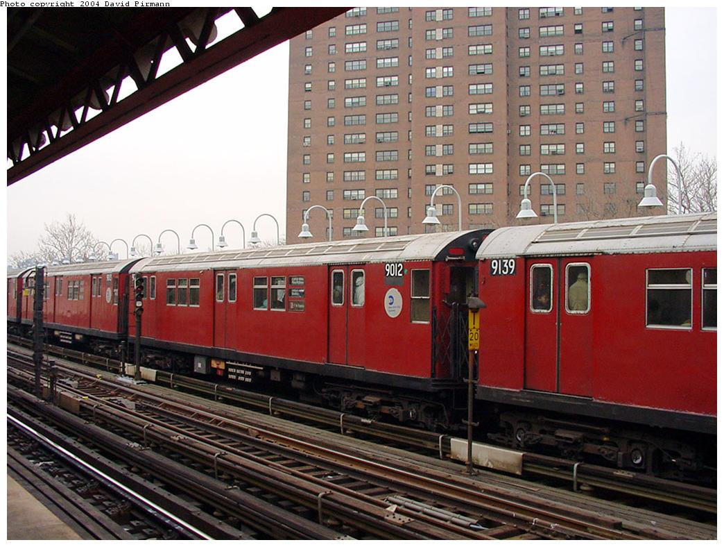(149k, 1044x788)<br><b>Country:</b> United States<br><b>City:</b> New York<br><b>System:</b> New York City Transit<br><b>Line:</b> IRT White Plains Road Line<br><b>Location:</b> Jackson Avenue <br><b>Route:</b> 2<br><b>Car:</b> R-33 Main Line (St. Louis, 1962-63) 9012 <br><b>Photo by:</b> David Pirmann<br><b>Date:</b> 1/14/2001<br><b>Viewed (this week/total):</b> 2 / 3620