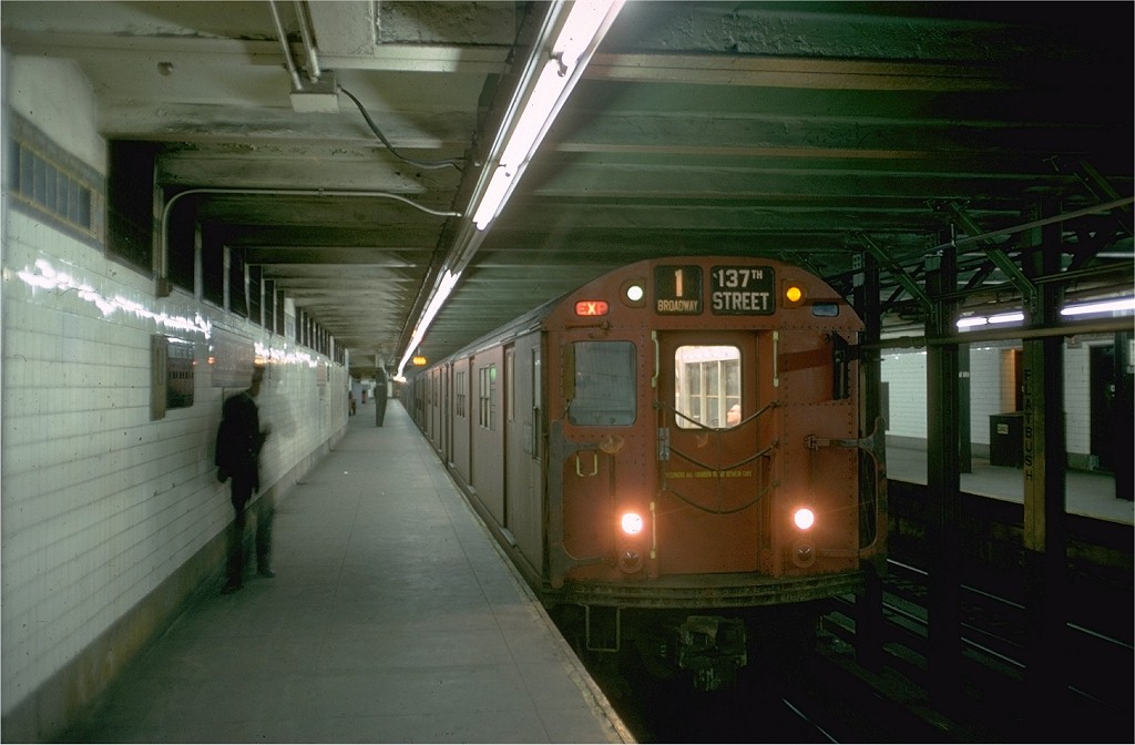 (149k, 1024x672)<br><b>Country:</b> United States<br><b>City:</b> New York<br><b>System:</b> New York City Transit<br><b>Line:</b> IRT Brooklyn Line<br><b>Location:</b> Flatbush Avenue <br><b>Route:</b> 1<br><b>Car:</b> R-33 Main Line (St. Louis, 1962-63) 9018 <br><b>Photo by:</b> Doug Grotjahn<br><b>Collection of:</b> Joe Testagrose<br><b>Date:</b> 12/1/1968<br><b>Viewed (this week/total):</b> 0 / 5792