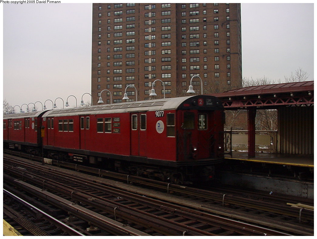 (160k, 1044x788)<br><b>Country:</b> United States<br><b>City:</b> New York<br><b>System:</b> New York City Transit<br><b>Line:</b> IRT White Plains Road Line<br><b>Location:</b> Jackson Avenue <br><b>Route:</b> 2<br><b>Car:</b> R-33 Main Line (St. Louis, 1962-63) 9077 <br><b>Photo by:</b> David Pirmann<br><b>Date:</b> 1/14/2001<br><b>Viewed (this week/total):</b> 0 / 3999