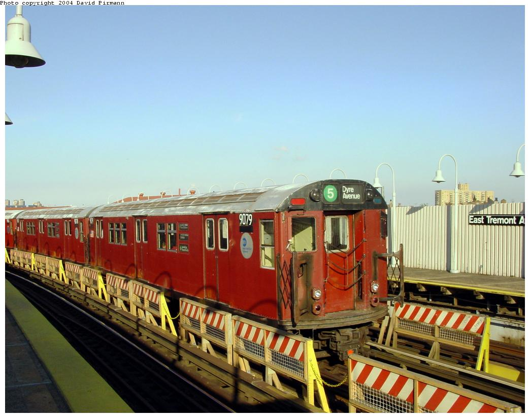 (121k, 1044x824)<br><b>Country:</b> United States<br><b>City:</b> New York<br><b>System:</b> New York City Transit<br><b>Line:</b> IRT White Plains Road Line<br><b>Location:</b> West Farms Sq./East Tremont Ave./177th St. <br><b>Route:</b> 5<br><b>Car:</b> R-33 Main Line (St. Louis, 1962-63) 9079 <br><b>Photo by:</b> David Pirmann<br><b>Date:</b> 8/21/2002<br><b>Viewed (this week/total):</b> 3 / 4456